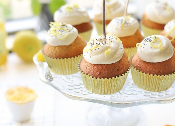 limoncello cupcakes met maanzaad