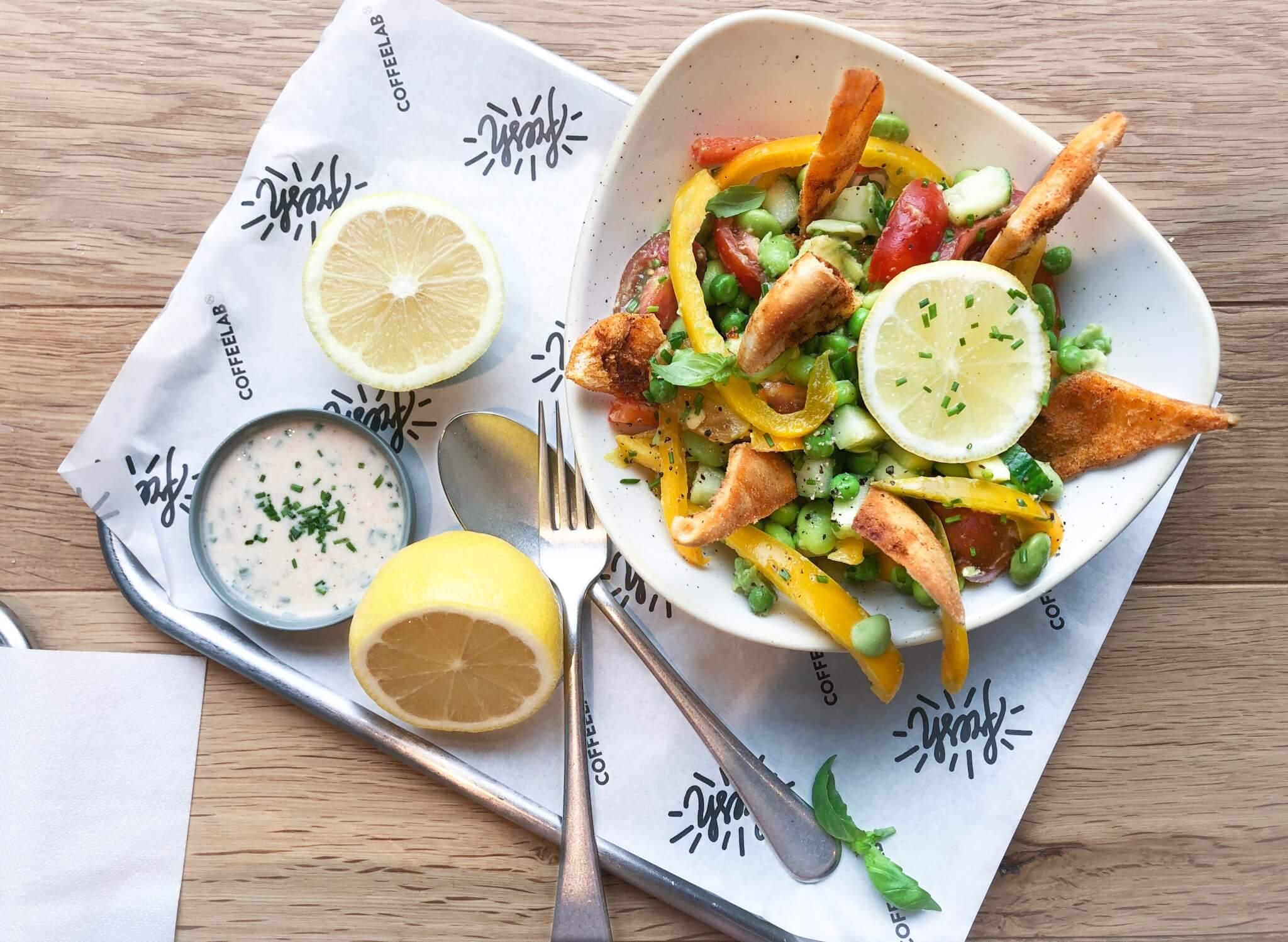 Salade The Lemon Kitchen proef je bij Coffeelab Den Bosch