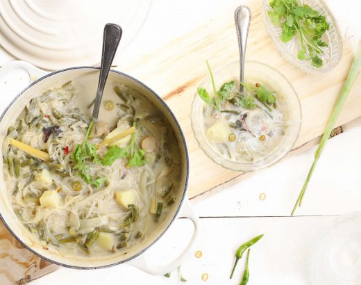 Thaise maaltijdsoep met mie, kouseband en aardappel www.thelemonkitchen.nl