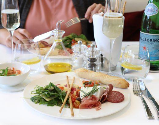Italiaanse zondagslunch bij Roberto's Hilton 'The Lemon Kitchen