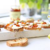 Geitenkaas crostini met citroen & Marmelade 'The Lemon Kitchen