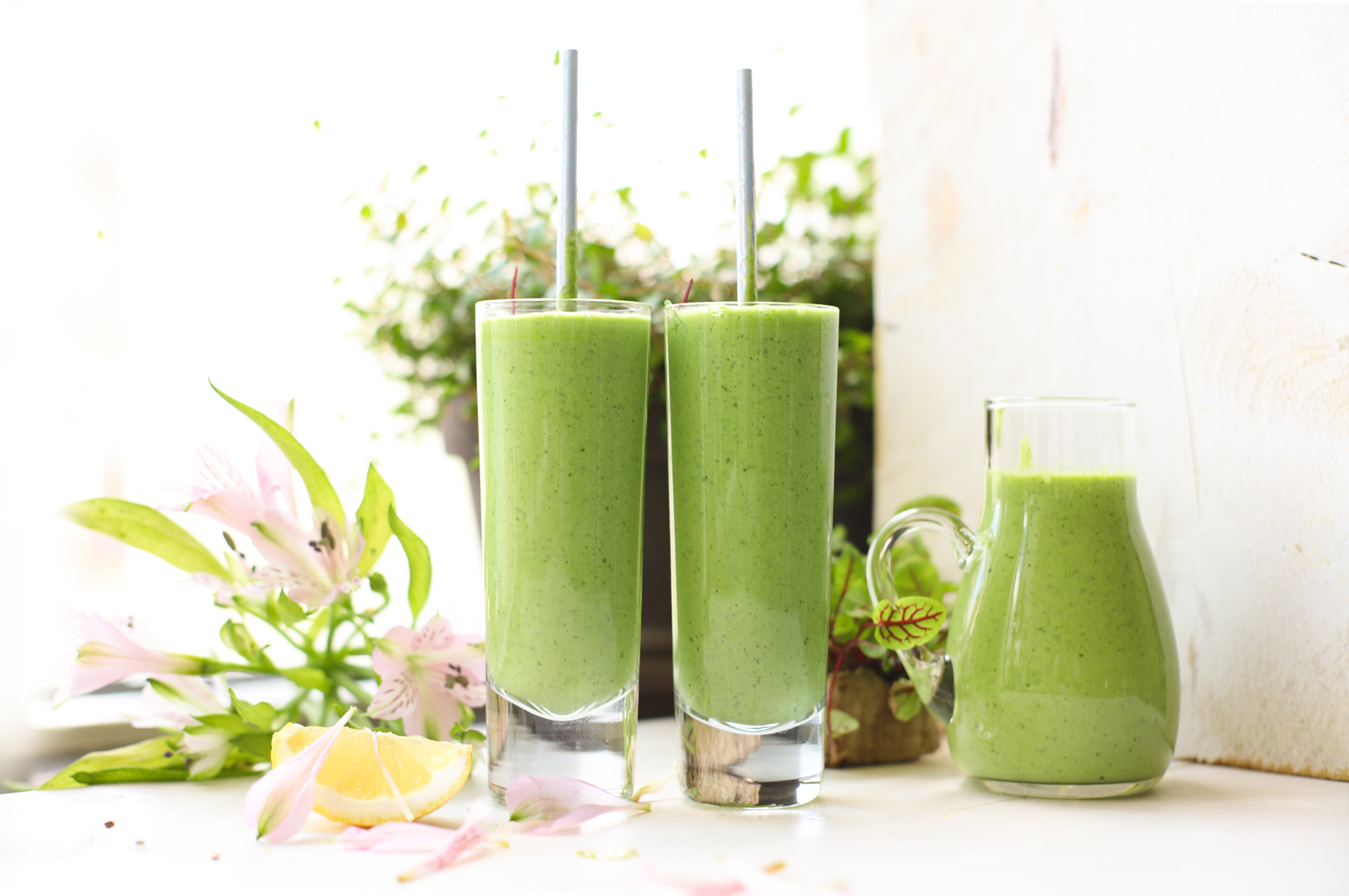 Smoothie met avocado, citroen & Kefir