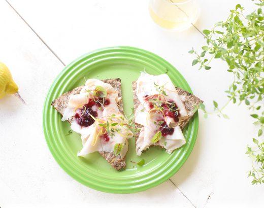 Cracker met kipfilet, jam & citroen 'The Lemon Kitchen
