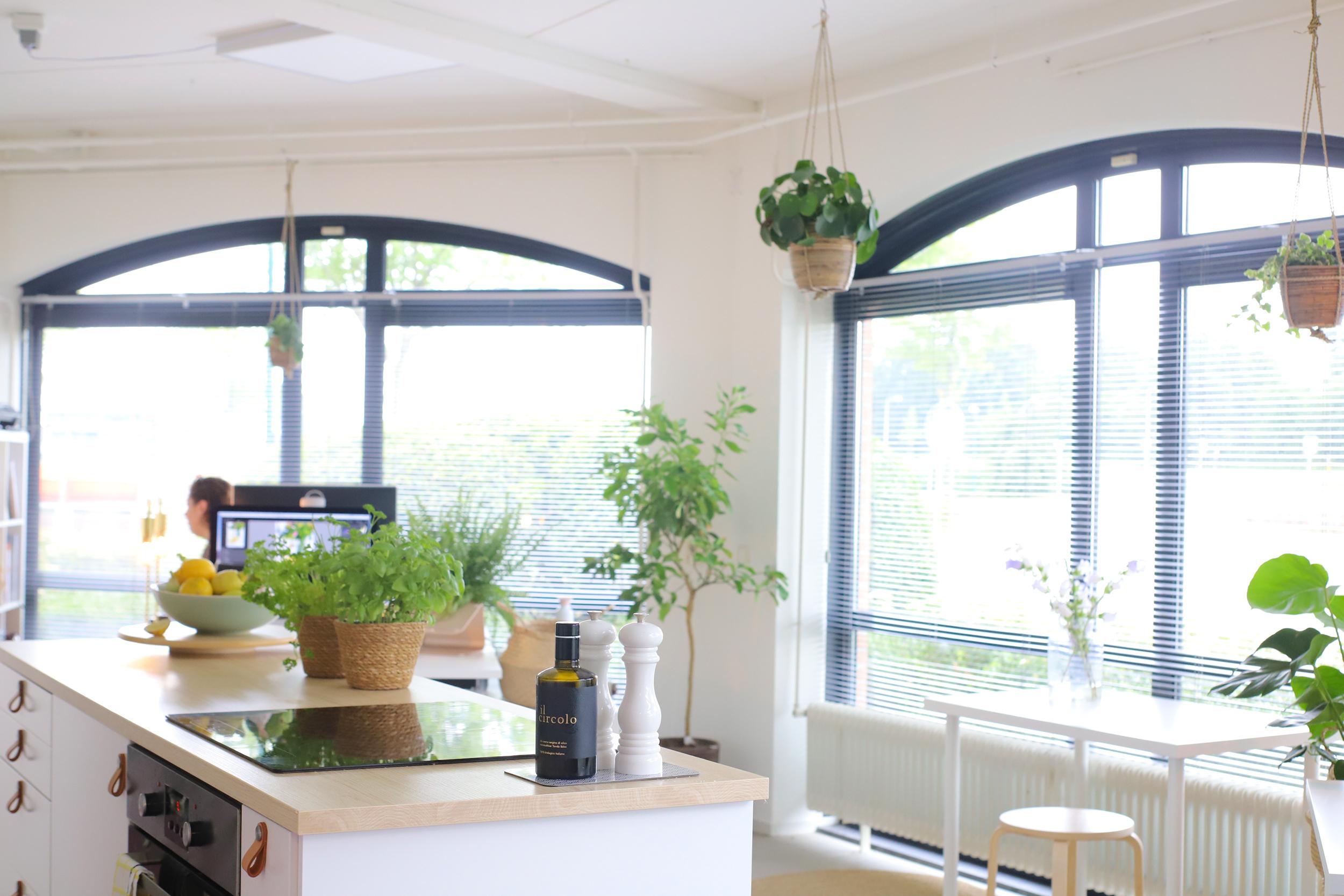 The Lemon Kitchen & Betty's Kitchen's Kantoor 'The Lemon Kitchen