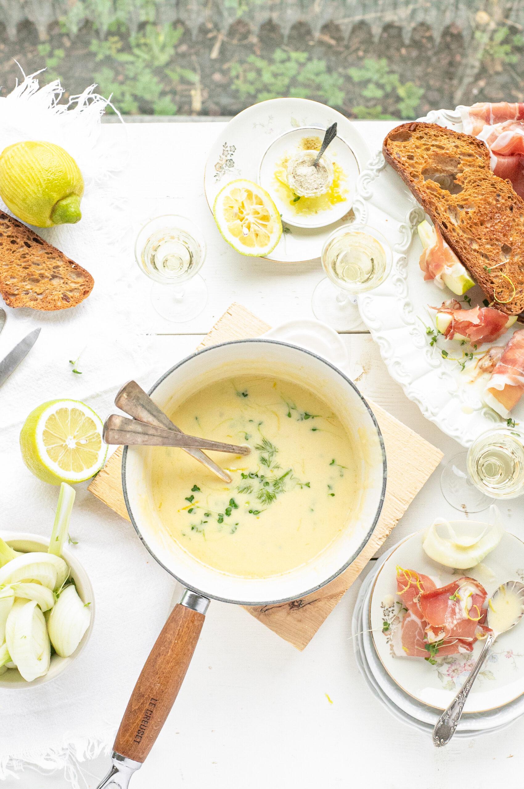 kaas fondue met appel en speck staand