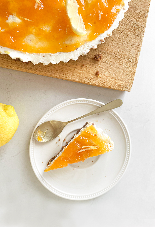Monchoutaart met abrikozenjam & citroen