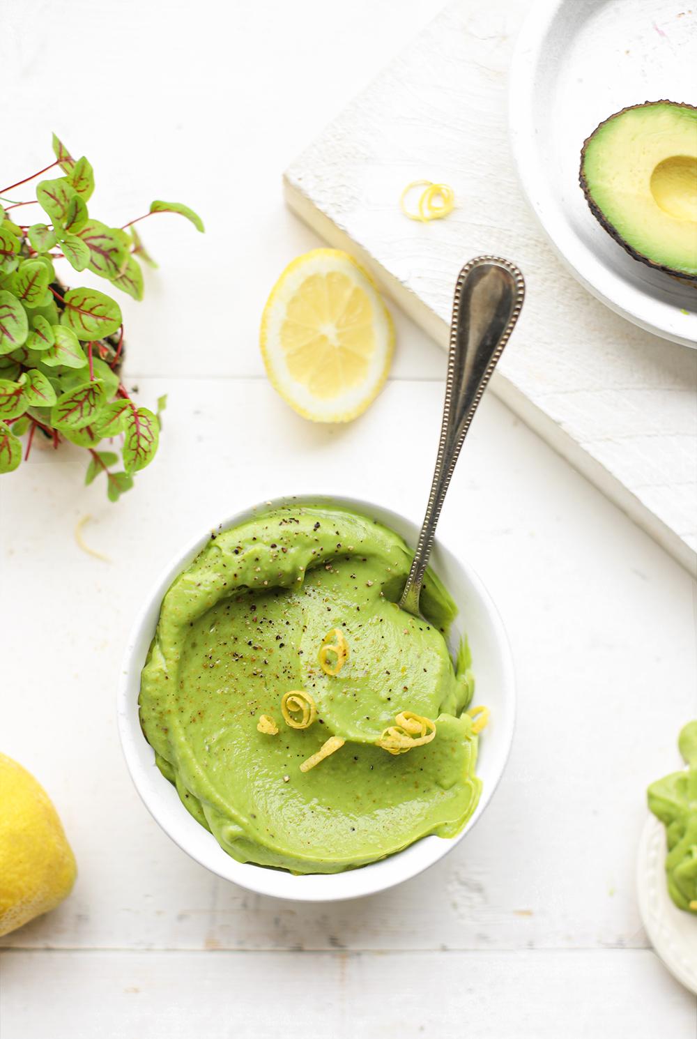 Avocado spread met citroen & kruidenzout