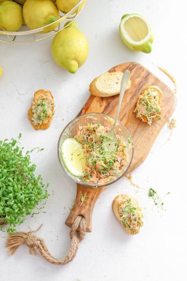 zalm van urk met pesto salade citroen en tuinkers